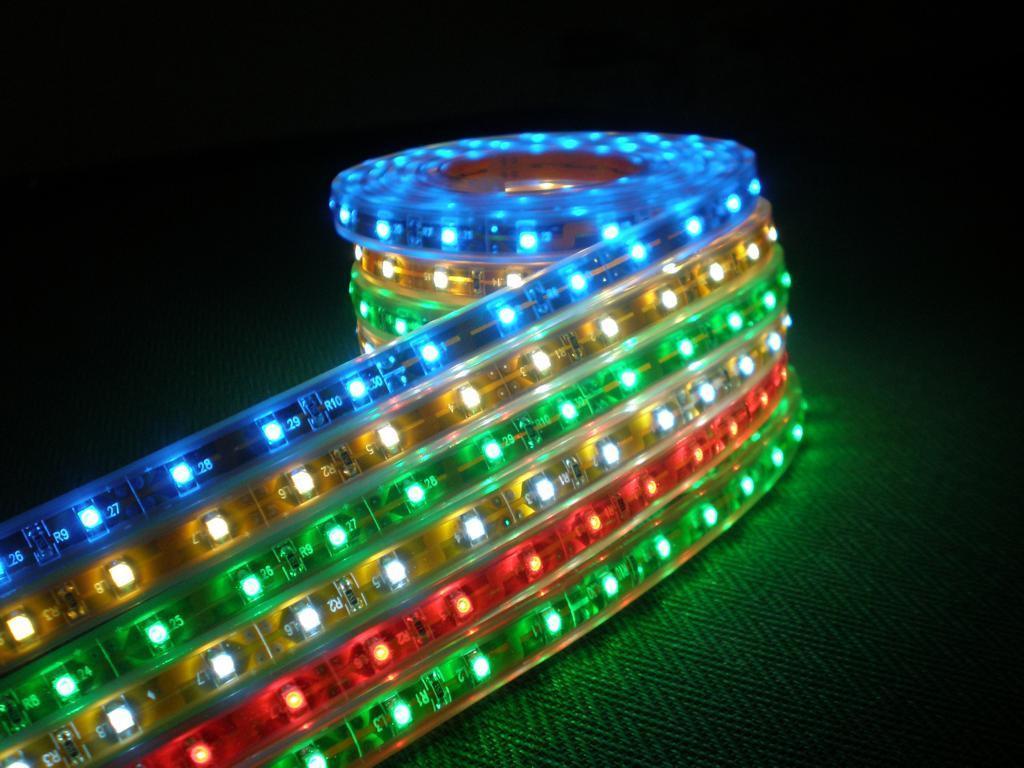 Đèn Led dây dán trang trí 3528 nhiều màu (cuộn 5m)