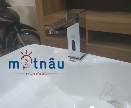 vòi cảm ứng lavabo smartliving ym102 giá tốt tại tphcm